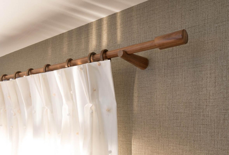 gardinenstangen und schienensysteme spitzenwerk polsterarbeiten autosattlerei wohnraumberatung. Black Bedroom Furniture Sets. Home Design Ideas